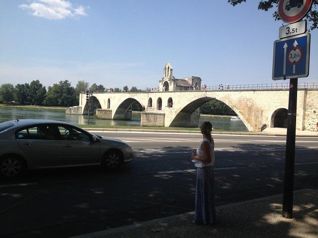 Lângă Pont d'Avignon